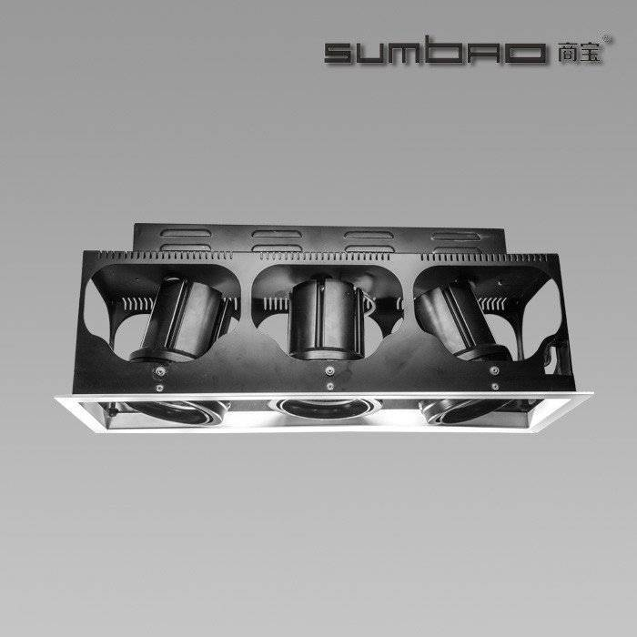 DW030-3 SUMBAO Professional Multi- Head Square Trim Recessed 24W/30W Spotlights for High End Retail Shops
